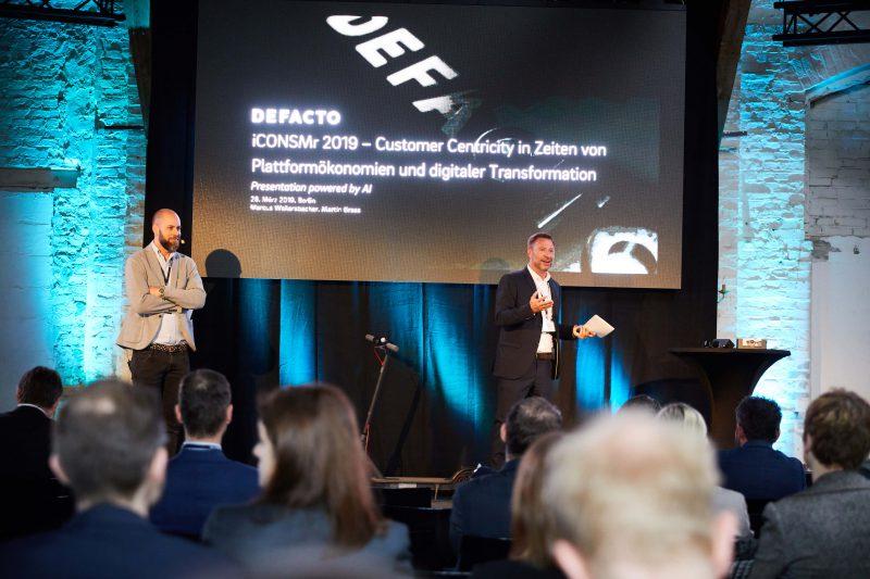 Die Gastgeber der iCONSMr: Martin Grass und Marcus Wailersbacher. Foto. Defacto